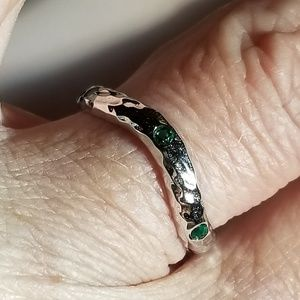 Jewelry - Wavy Hammered Emerald CZ Sterling Silver Ring